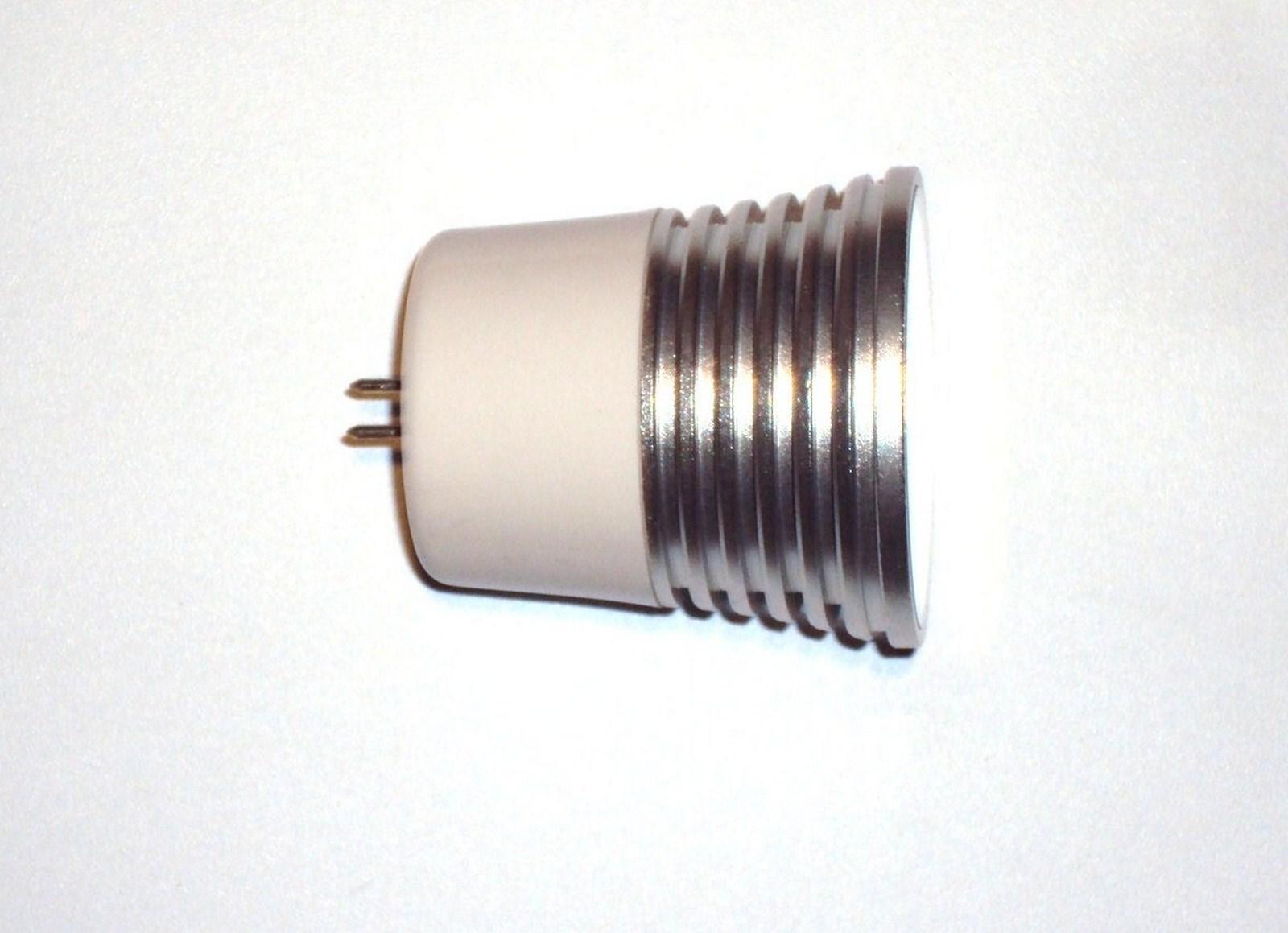 ampoule led de puissance rgb 5 watts changement de couleur 50mm 12 volts mr16 gu5 3. Black Bedroom Furniture Sets. Home Design Ideas