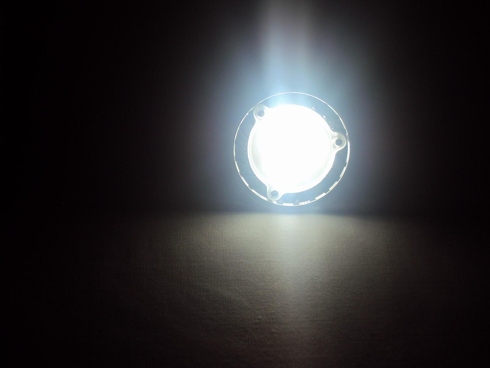 Ampoule led 4W allumé