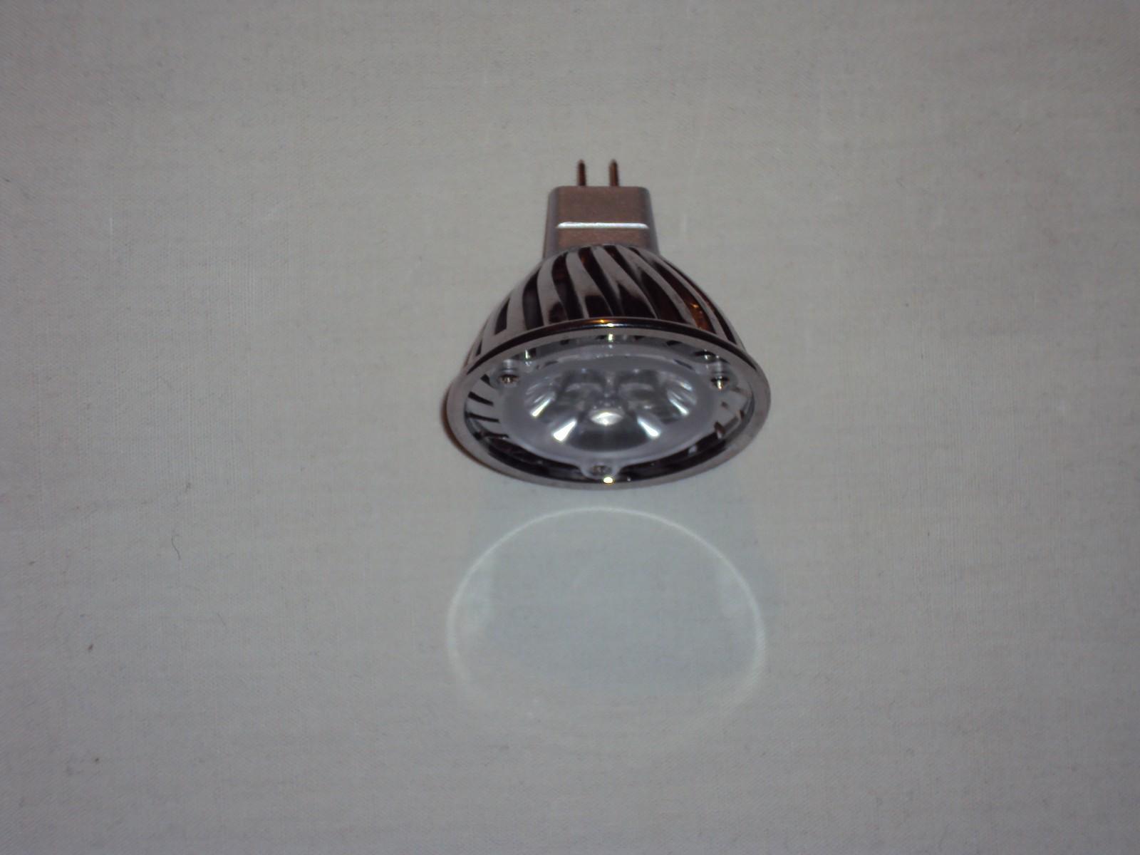Ampoule led 4W à l`envers